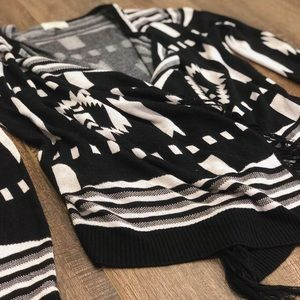 Umgee Black and White Tribal Cardigan, Boho Style